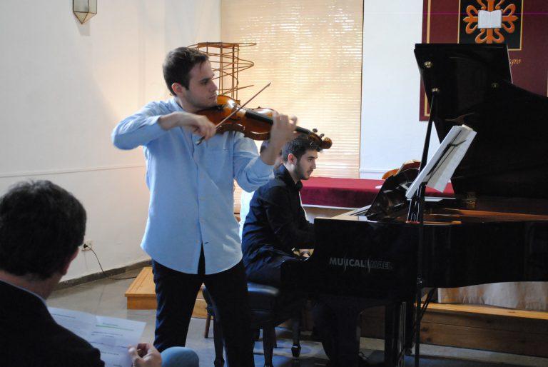 Adrián Fernández, solista en el Auditorio Nacional.